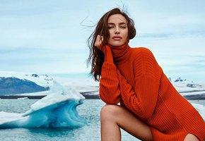 «Королева!» Ирина Шейк восхитила поклонников снимком в ярком купальнике на фоне водопада