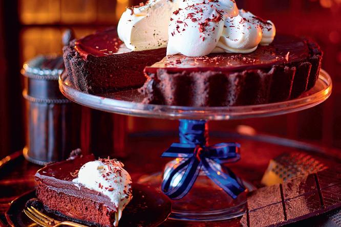 Пирог со сливками и шоколадом