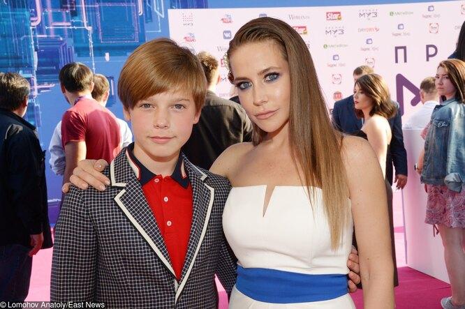Юлия Барановская с сыном Артемом.