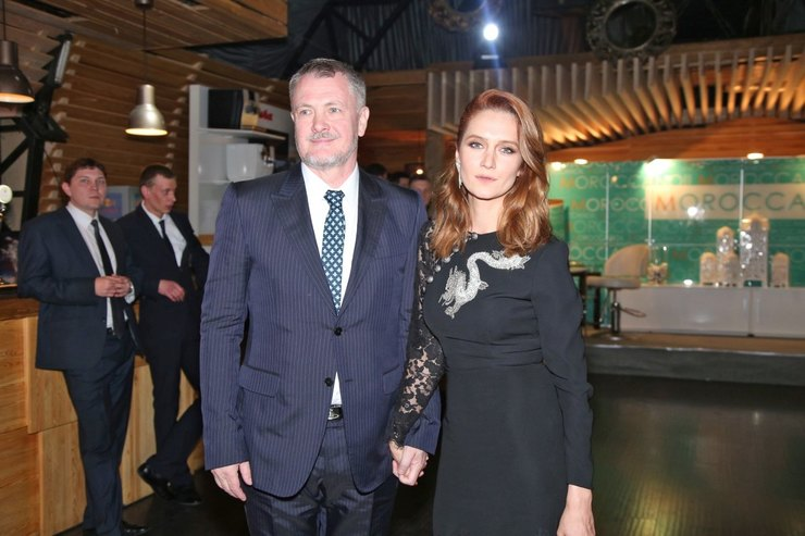 Юрий Мороз со второй женой Викторией Исаковой