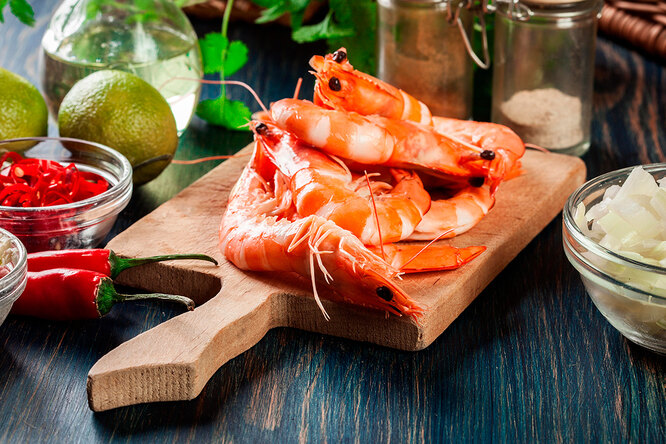 Что приготовить скреветками: омлет,  закуски,  салаты (не «Цезарь»!)