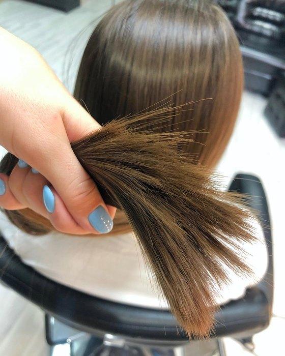 Не только резать: 10 хитростей длятех, укого секутся кончики волос