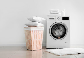 Как часто нужно стирать подушки и одеяла?