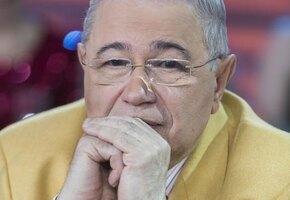 Евгений Петросян сообщил о смерти звезды «Кривого зеркала»